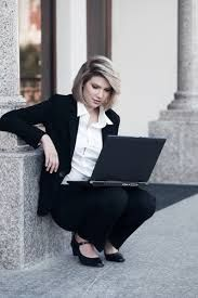 #InternetMarketingLawyer all know that in legal matters experience and an effective portfolio matters a lot. #Maintaining a complete portfolio and displaying it properly to impress and motivate clients in your favor is not possible through other forms of #communication like television and print media.