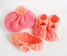 0-3 months accessories lot: - a hat - pink bootee - a headband