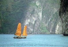 """Halog Bay, Vietnam - one of the world's most beautiful natural wonders - a """"must visit"""" if you are in Vietnam."""