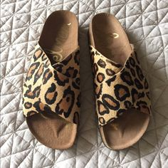 Sam Edelman sandals Sam Edelman leopard print sandals. Only worn once while I was working inside a store. Size 9 but fits and 8 1/2 as well Sam Edelman Shoes Sandals