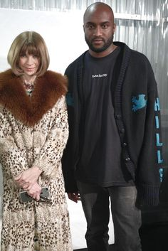 Virgil Abloh - Hangs with Anna Wintour at Paris Fashion Week on Looklive Fashion Week Paris, Anna Wintour, Virgil Abloh Louis Vuitton, Off White Designer, African Fashion Designers, Yeezy Season, Kanye West, Fur Coat, Vogue