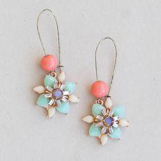 """Vibrant colors  Cody hypoallergenic earrings  2"""" $15 Www.plunderdesign.com/maryswinney"""