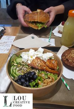 Un bowl composé à votre goût ? Un bagel sur-mesure ? C'est chez Lou Creative Food, à Reims ! #bio