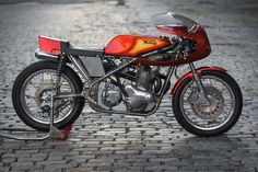 If you live on the east coast of the USA and you need work doing on your Norton, there's only one person to call: Kenny Cummings of NYC Norton in Jersey City, just outside Manhattan. Kenny's a household name on the global Norton scene. It's not hard to see why—his builds are an exquisite blend…