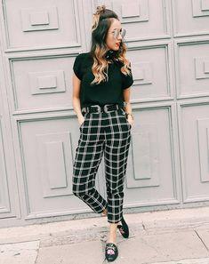 check pants tips estilo 6 Patterned Pants Outfit, Plaid Pants Outfit, Outfit Goals, Summer Outfits, Casual Outfits, Cute Outfits, Sweaters Outfits, Preppy Mode, Fashion Clothes