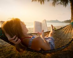 What's on your summer plans? These 10 professional development books for teachers are perfect for inspirational summer reads! Summer Books, Summer Reading Lists, Beach Reading, Books You Should Read, Books To Read, Reading Books, Reading Time, Summer Travel, Summer Beach