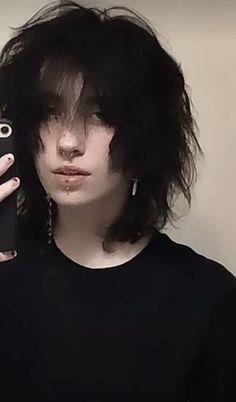 Cut My Hair, Hair Cuts, Hair Inspo, Hair Inspiration, Androgynous Hair, Mode Grunge, Shot Hair Styles, Cute Emo, Fluffy Hair