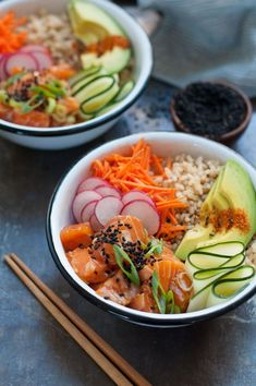 Easy Salmon Poke Bowl Poke is the latest food craze you gotta try. Discover our easy way to make a salmon poke bowl with our simple recipe on . Salmon Recipes, Seafood Recipes, Asian Recipes, Healthy Recipes, Hawaii Food Recipes, Easy Recipes, Healthy Snacks, Fruit Recipes, Diet Recipes