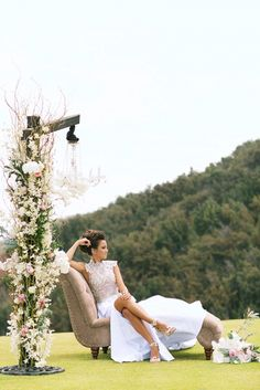 Gorgeous Lona Ridge Stylized Photo Shoot- Florals by Bliss Flower Design - Photo by Anna Kim Photography