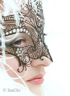 I wish I could go to  a masquerade, I would wear this or something like it. not to bulky and not to bland.