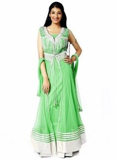 2020 Eid Dresses for Indian Girls- Eid-ul-Fitr is celebrated around the world, and since Eid is right around the corner everyone is hustling doing their Eid shopping. Girls are always seen busy planning their Eid outfits. Eid Dresses For Girl, Dress Designs For Girls, Summer Dresses, Eid Outfits, Indian Outfits, Indian Clothes, Indian Salwar Kameez, Salwar Kameez Online, Latest Salwar Suit Designs