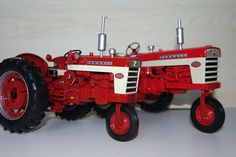 Farmal 340/460 in 1/16 scale