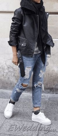 Comfy Winter Casual Outfits with Jeans For Women Cute Outfits With Jeans, Winter Outfits Women, Casual Winter Outfits, Jean Outfits, Long Sweaters For Women, Casual Sweaters, Light Jeans Outfit, Black Coated Jeans, Best Leather Jackets