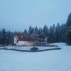 Neve a maggio #chefinehafattolaprimavera #falchettolovers #snow