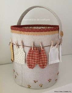 Fabric Crafts, Sewing Crafts, Sewing Projects, Quilted Gifts, Quilted Bag, Bag Quilt, Clothespin Bag, Peg Bag, Fabric Bins