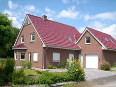 Elsfleth - Einfamilienhaus von GARANT-HAUS-BAU GmbH | HausXXL #Massivhaus #Energiesparhaus #klassisch #Satteldach