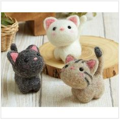 DIY handmade Wool Felt kit Three Little Cat Japanese kit Wool Needle Felting, Needle Felting Tutorials, Needle Felted Animals, Felt Animals, Beginner Felting, Felt Cat, Japanese Embroidery, Felt Toys, Felt Ornaments