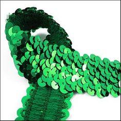 10 Meter card of shiny emerald elastic sequin trim. by SequinSuzy