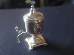 Dollhouse Miniature Silver Hollow Coffee Urn with Removable Lid 1:12 Scale