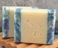 Alaiyna B. Bath and Body: Photo Tutorial for Cold Process Soap with Side Embeds