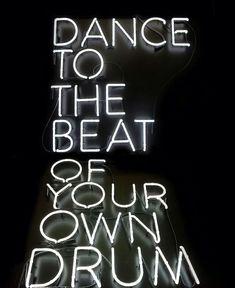 Neon Zzzz Sleep Lights | Hanging Wall Art | Light Up Sign ...