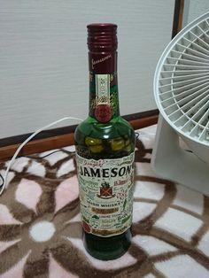 JAMESON ジェムソン セント・パトリック・デー限定ボトル Whiskey Bottle, Irish, Alcohol, Drinks, Rubbing Alcohol, Drinking, Beverages, Irish Language, Drink
