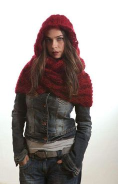 Beautiful Crochet Hooded Cowl