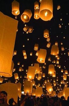 I saw the animated movie, Tangled, where they let floating lanterns up in the sky every year on the princesses birthday. I didn't think it could really happen. Now i'm determined to have these on my wedding day. Wedding Send Off, Wedding Bells, Our Wedding, Dream Wedding, Snow Wedding, Bali Wedding, Wedding Reception, Floating Lanterns, Sky Lanterns