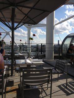 Beaubourg (Centre Pompidour) - Se vuoi fare una pausa e vedere Parigi dall' alto senza salire sulla Tour Eiffel o su Montparnasse, pausa ristoro presso la terrazza del Beaubourg (accesso con soli 3 euro)  www.centrepompidou.fr/en