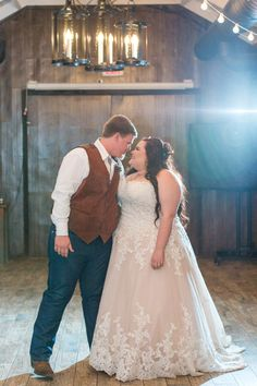 We're super excited to talk about Lili's amazing two-tone plus size lace ballgown! Lili came into our Tempe location in March of 2016 to find the perfect wedding dress for her glamourously rustic wedding in Florence, AZ at the Windmill … Continued Wedding Dresses For Girls, Wedding Dresses Plus Size, Perfect Wedding Dress, Plus Size Wedding, Bridal Dresses, Fat Bride, Rustic Wedding, Wedding Ideas, Plus Size Brides