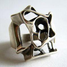 UNI David Andersen Abstract Ring