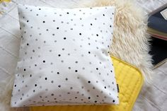 Pillow case Dotty handmade by POMPOM Pillow Cases, Throw Pillows, Handmade, Toss Pillows, Hand Made, Cushions, Decorative Pillows, Decor Pillows, Scatter Cushions