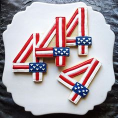 Artful Of July Cookies! Lovely Events - Artful Of July Cookies! Lovely Events Artful Of July Cookies! Lovely Events A - Summer Cookies, Fancy Cookies, Iced Cookies, Cute Cookies, Cookies Et Biscuits, Holiday Cookies, Heart Cookies, Valentine Cookies, Easter Cookies