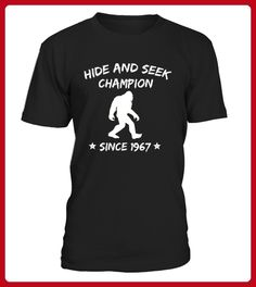 Champion Bigfoot Sasquatch Funny TShirt - Tischtennis shirts (*Partner-Link)