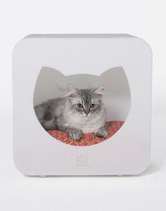 arni_kitty_kasa_collection_bedroom_cat_nest_white_cat