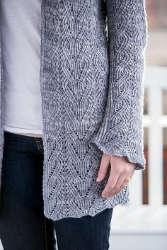 Ravelry: Ocracoke Cardigan pattern by Shirley Paden interweave knits summer 2014 fingering Knitting Designs, Knitting Stitches, Knitting Projects, Hand Knitting, Knitting Daily, Knitting Tutorials, Loom Knitting, Knitting Patterns, Crochet Patterns