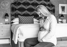 Black and white maternity photography. Brand Packaging, Say Hi, Personal Branding, Maternity Photography, Beautiful Images, Bed Pillows, Black And White, Children, Pillows
