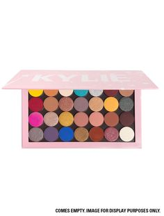 The Kylie Large Empty Pro Palette fits 28 pressed palettes that allows you to customize your own palette! Turmeric For Face, Age Spot Treatment, Avene Hydrance, Lipstick Organizer, Kylie Jenner Makeup, Kylie Cosmetic, Best Face Mask, Full Face Makeup, Natural Eye Makeup