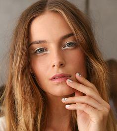 20 ways to wear white eyeliner