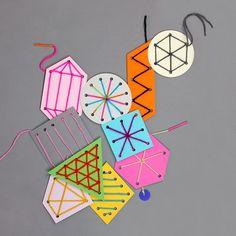 Figuras geométricas para estimular la psicomotricidad fina y sirven también como decoración del aula