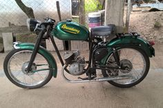 moto broadway eqipada con motor sachs 98cc
