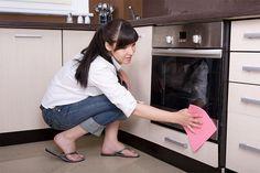 Como fazer a limpeza dos eletrodomésticos corretamente - Limpeza do forno.