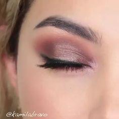 Beautiful 😍 😍 - New Ideas Permanent Makeup Eyebrows, Fall Makeup, Eyebrow Makeup, Eyeshadow Makeup, Eyeliner, Glitter Makeup, Eyeshadows, Make Up Tutorials, All Natural Makeup