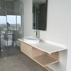Simbithi Eco Estate: modern Bathroom by Margaret Berichon Design