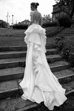 alessandra-rinaudo-wedding-dress-2016-38-10082015nz