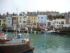 Google Image Result for http://www.rhcoachholidays.com/wp-content/uploads/2011/12/Weymouth-Harbour.gif