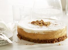 Pumpkin Walnut Cheesecake — This is a great dessert recipe to make this spring! So light and fluffy, this delicious cake is sure to be a crowd favorite! Thanksgiving Desserts, Christmas Desserts, Holiday Treats, Thanksgiving Ideas, Pumpkin Cheesecake, Cheesecake Recipes, Dessert Recipes, Cheesecake Bars, California Walnuts