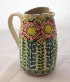 Pottery Painting Designs, Pottery Designs, Paint Designs, Ceramic Painting, Ceramic Art, Ceramic Pitcher, Ceramic Design, Hand Painted Ceramics, Calla Lilies