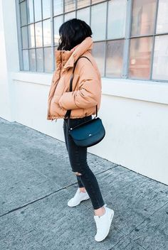fddf906ecbe0 Cozy   Chic Ways To Try The Puffer Jacket Trend For those fashionistas who  experience the nastiest and coldest of winters