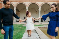 Photo Shoot in Milan Sforza Castle Family Session Photos Camilla Bandeira, Photographer based in Natal RN